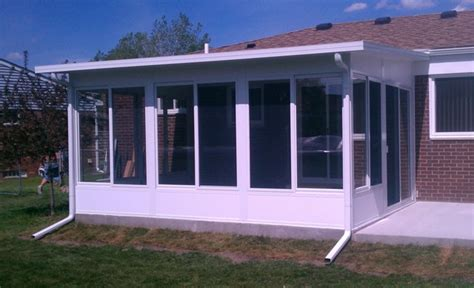 Studio Sunroom with Solid Kickplates   Mr. Enclosure