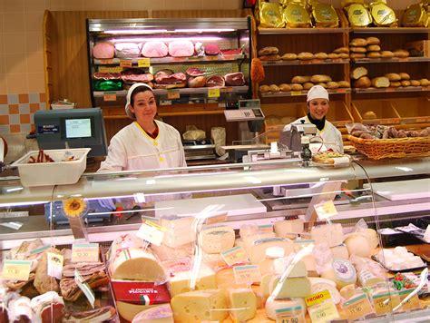 banchi gastronomia supermercato a capranica tigre amico capranica e dintorni