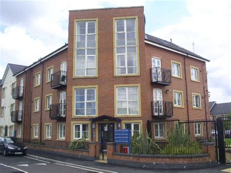 2 Bedroom Flat For Rent In Manchester by 2 Bedroom Flat To Rent In Hulme Hulme Manchester M16 M16