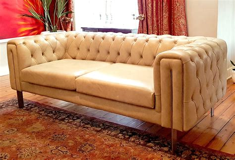 contemporary chesterfield sofa giftees contemporary chesterfield b o r n