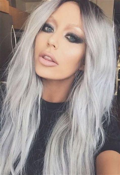 young latinas with grey hair مدل های جذاب و فرمول ترکیب رنگ موی بلوند دودی زیتونی نقره