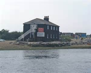 the house mudeford mudeford the black house 169 chris talbot geograph