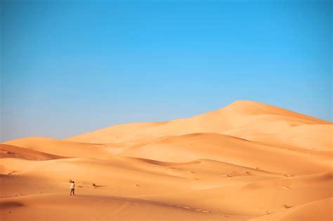 the the a well in the desert ali berrada
