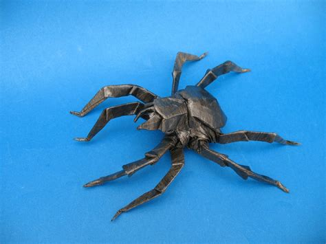 Origami Jumping Spider - 13 incredibly creepy origami spiders