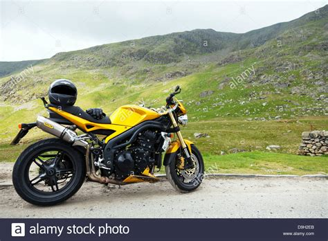 Motorrad Triumph Fahren by Triumph Motorbike Uk Stockfotos Triumph Motorbike Uk