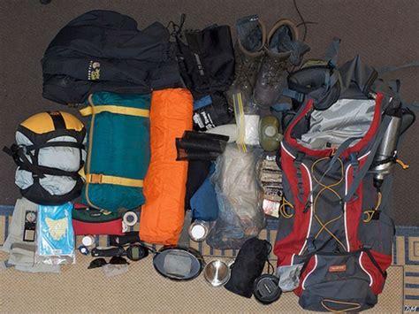 Kaos Adventure Hike demi pendakian yang terasa lebih ringan strategi mengepak