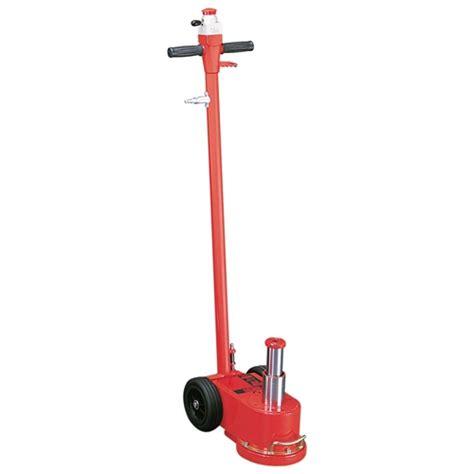 Hydraulic Floor Jacks by Norco 33 20 Ton Air Assist Hydraulic Floor 72218 Ohio Power Tool
