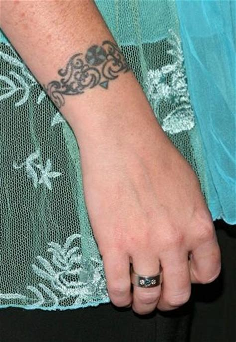 tattoo removal holly marie combs s tattoos