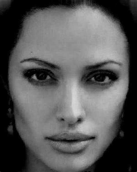 imagenes en blanco y negro de rostros rostro de mujer en blcanco y negro 1 fusion de rostros