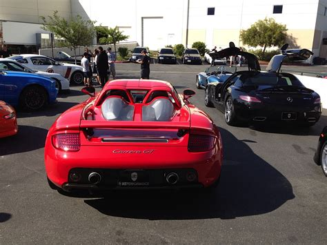 paul walker porsche thousands of fans many in high performance cars stream