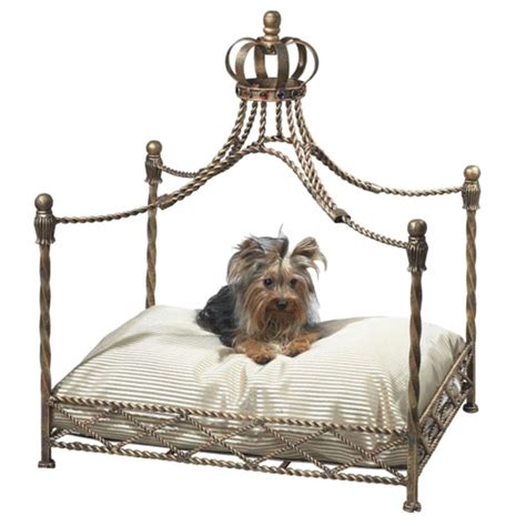 The Princess And The Pup Pet Boutique Luxury Accessories For Your Royal Pooch by Dr Livingstone Royal Pet Canopy Bed Dlm737gld