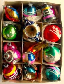 1940s 1950s vintage christmas ornaments shiny brite box