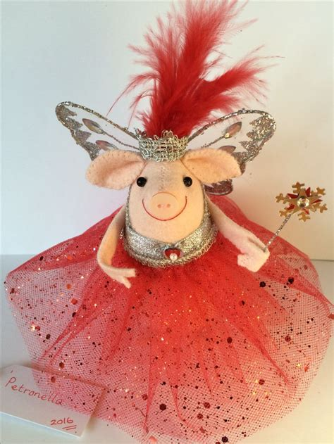 pig tree topper 716 best flying pigs images on flying pig pigs and piglets