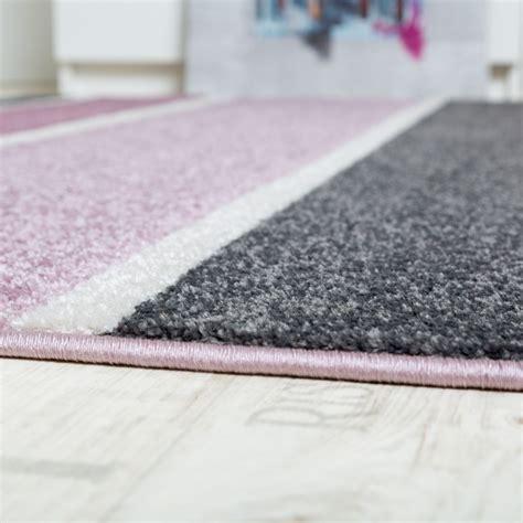 teppich flur grau teppich streifen grau lila design teppiche