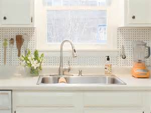 Cheap Kitchen Backsplashes How To Install A Pegboard Backsplash How Tos Diy