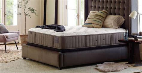 saatva  stearns  foster      choice   bed  sleep judge