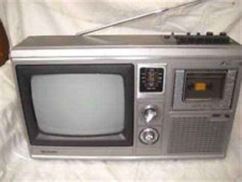 Tv Sharp 33w31 D1 sharp 10p 18g tv radio kassetten combi televizors radios and tvs