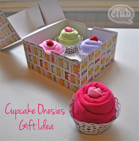 Baby Shower Gift Ideas by 16 Diy Baby Shower Gifts The Thinking Closet