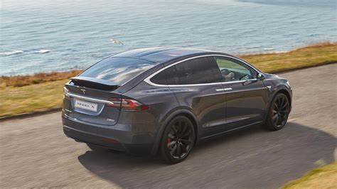 Tesla Car Uk Tesla Model X 2017 Review By Car Magazine