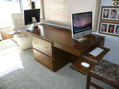 Rv Now Rv Desk Does Double Duty My Rving Board Pinterest Rv Computer Desk