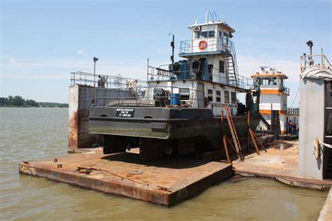 dry dock boat repair barge repair yager marine owensboro kentucky yager
