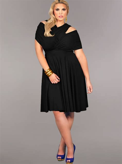 whats clothes are in for a woman in her 50s buy plus size casual dresses