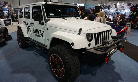 Road Jeep Wrangler Sema 2016 Jeep Roots Run At Vegas Show 187 Autonxt