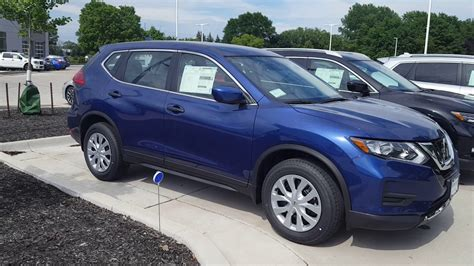 2017 nissan rogue blue 2017 5 nissan rogue quot s quot awd in the caspian blue finish