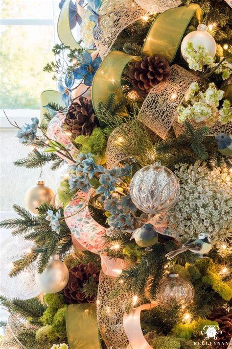 maneras de adornar el arbol de navidad formas de decorar tu 193 rbol de navidad con list 243 n