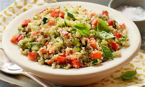 quinoa salad salade de quinoa aux asperges aux tomates et au fromage