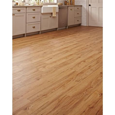 1 X 1 Flooring by Lifeproof Essential Oak 7 1 In X 47 6 In Luxury Vinyl