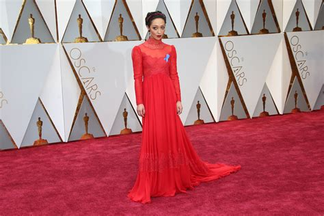 Oscars Carpet Page by Oscars 2017 Carpet Winners And Losers Page 5