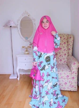 tutorial hijab alia queen tepis kesan kuno busana syar i til lebih playful