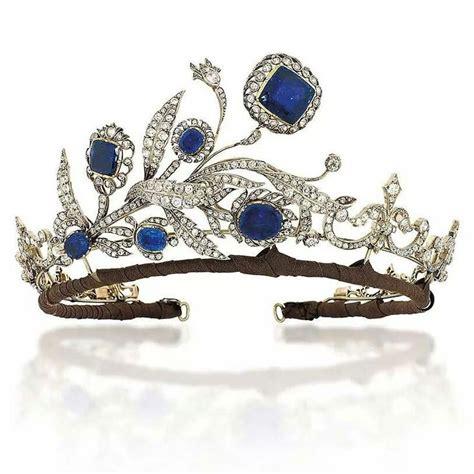 Du Tiara les 357 meilleures images du tableau tiaras and hair bling sur bijoux bijoux