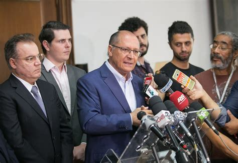 reajuste servidor do estado do ceara servidor publico 2016 alckmin anuncia reajuste salarial de 3 5 para os