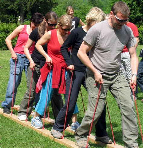 10 Physical Or Outdoor Bonding Activities For Couples by 3 Benefits Of Outdoor Team Building Cadworx