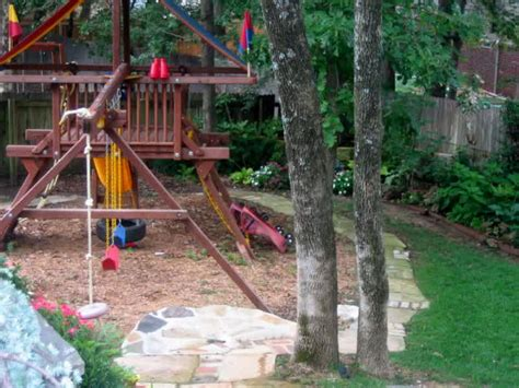 backyard landscaping ideas for playground design