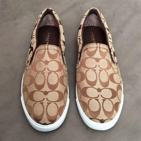 69 coach shoes coach alegra brown khaki logo