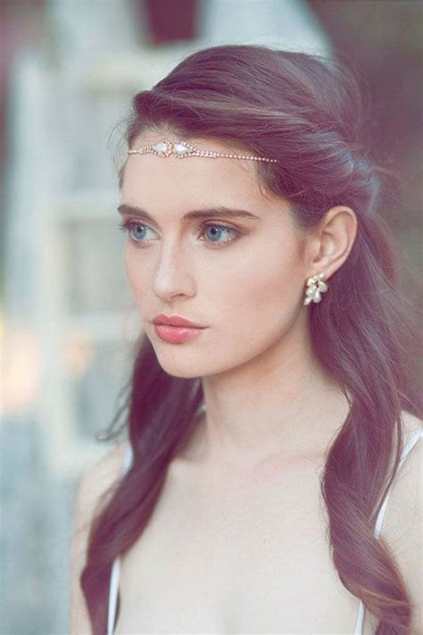 Wedding Hairstyles That Are Right On Trend by Best 25 Wedding Hairstyles Ideas On