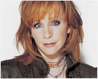 how does reba mcentire stay in shape has reba mcentire taken plastic surgery because she was