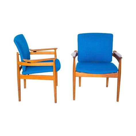 model 192 dining armchairs by finn juhl for and