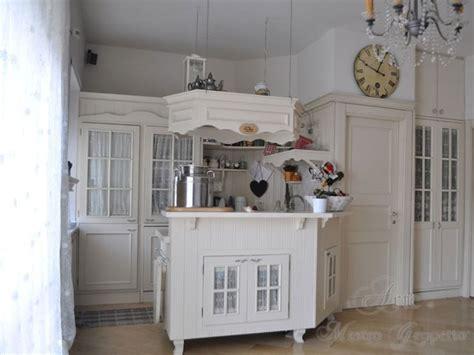 arredamento romantico chic oltre 25 fantastiche idee su cucine bellissime su