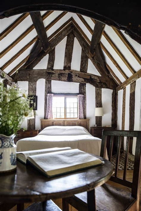 medieval bedroom furniture 6 tips to decorate your bedroom with medieval furniture
