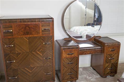 Dresser For Makeup by Makeup Dresser 0092 Jpg Hibriten Furniture Belived To Be