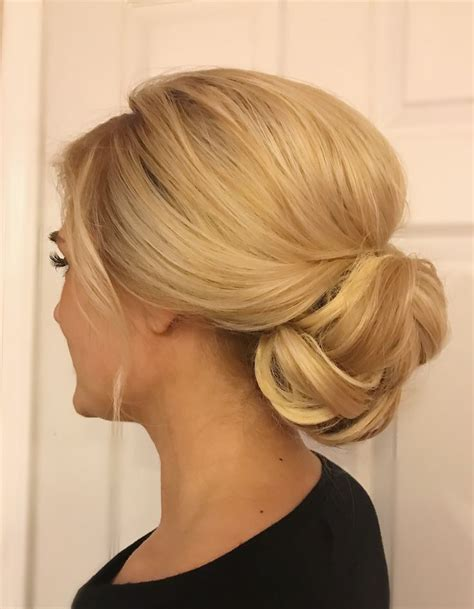 Wedding Hair Buns Styles by Low Bun Wedding Hairstyles Www Pixshark Images
