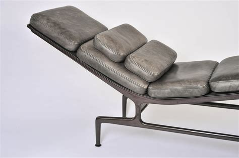 chaise eams charles eames chaise stunning charles eames chaise with