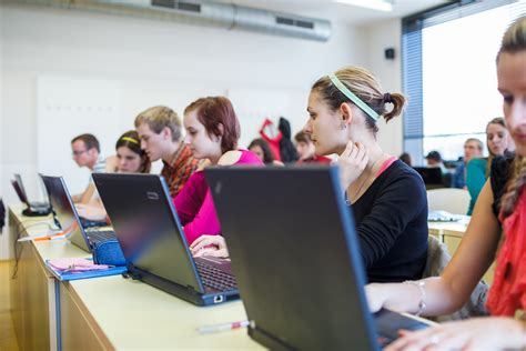 Student And Microsoft Gives Office To Students Whose Teachers Buy It