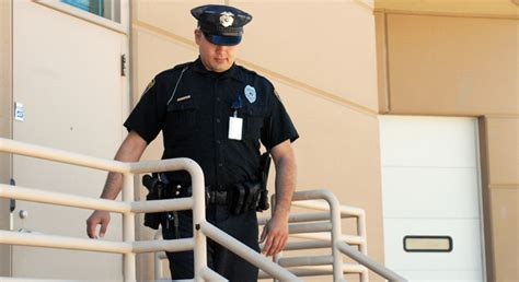 armed security guard in delware reliable security guard