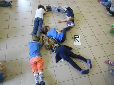 giochi con le lettere per bambini consiglieriabambini giochiamo con le lettere e il corpo