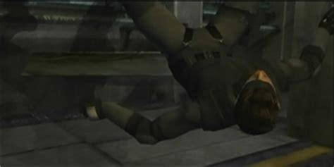 I Gear Original 1998 metal gear solid the snakes does not live up to the